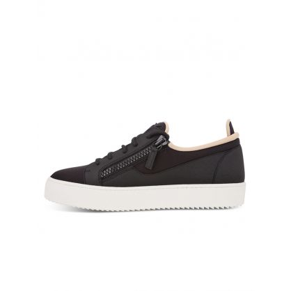 Black Low-Top Ellis Trainers